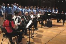 Victoria Hall avec la Société Accordéoniste Mixte «Les AMIS»-2014
