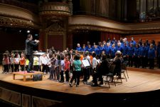 Victoria Hall avec orchestre et chœur d'enfants, mai 2017